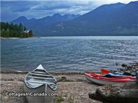 Loon's Echo Lakeside Cottage - Kaslo Kootenay Lake